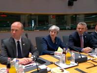Премьер-министр Великобритании Тереза Мэй, со своей стороны, надеется, что британский парламент одобрит проект соглашения по Brexit