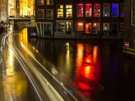 Власти Амстердама ввели более строгие правила проведения мероприятий в центре города. Согласно им, в квартале красных фонарей больше нельзя будет проводить экскурсии