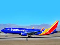 Авиалайнер Boeing 737 MAX компании Southwest Airlines вернулся в аэропорт вылета в городе Орландо (штат Флорида) из-за неполадок в работе двигателя