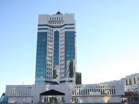 Правительство и Национальный банк будут выполнять ранее данные поручения и объявленные инициативы первого президента Казахстана Нурсултана Назарбаева. Об этом сообщается на сайте премьер-министра Казахстана