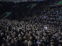 Более трех тысяч жителей Якутска пришли на собрание с участием главы Якутии Айсена Николаева и мэра города Сарданы Авксентьевой после изнасилования местной жительницы жителем Кыргызстана
