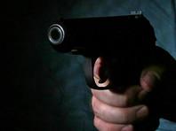 Несколько мужчин проникли в здание мэрии Назрани в Ингушетии и открыли стрельбу из травматических пистолетов. Ранения получили три человека, в том числе сын градоначальника
