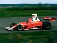 """Ники Лауда провел в """"Формуле-1"""" 13 сезонов, одержав 25 побед. Звание чемпиона мира он завоевал трижды - в 1975, 1977 и 1984 годах. С 2012 года ветеран занимал пост неисполнительного директора команды """"Мерседес"""""""
