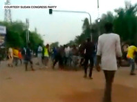 Число жертв нападения суданских сил безопасности на лагерь демонстрантов, который был организован в центре столицы страны, Хартуме, составило, по меньшей мере, 30 человек