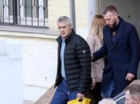 Спустя два месяца, 11 апреля, по ходатайству следствия суд изменил Калви и Кордичеву меру пресечения на домашний арест