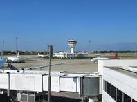 Российский самолет совершил жесткую посадку в аэропорту Анталии