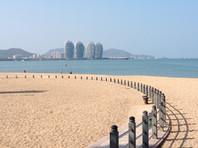 В Китае остаются около 6 тыс. организованных туристов из России.В основном это россияне, отдыхающие на острове Хайнань