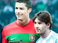 Криштиану Роналду( на фото - слева) и Лионель Месси, 9 февраля 2011 года