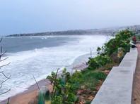 """В Бенгальском заливе на густонаселенные районы Индии и Бангладеш надвигается суперциклонный шторм или, как его называют индийские метеорологи, суперциклон """"Ампан"""""""